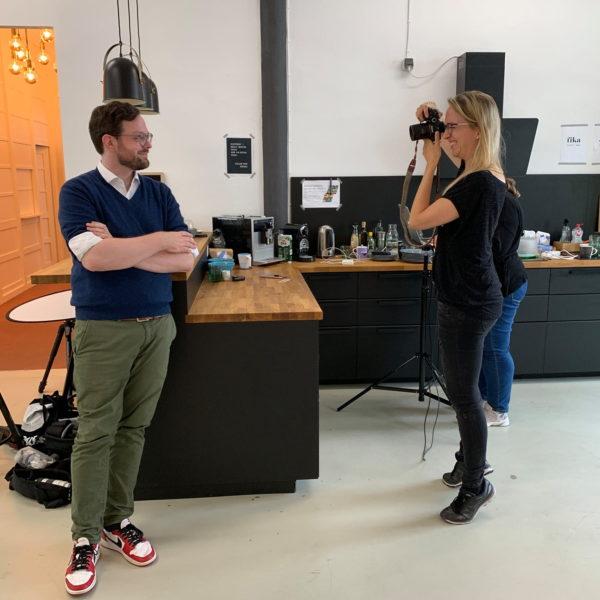 behind-the-scenes von Fotoshooting in Frankfurt